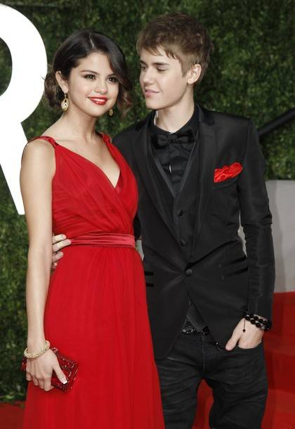 Selena-Gomez-Justin-Bieber-Red-Carpet