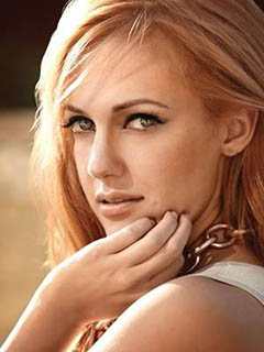 meryem uzerli profile photo Meryem Uzerli Kimdir?