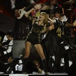 2013 BRIT Awards - Taylor Swift Performansı