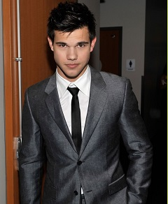 taylor-lautner-peoples-choice-2010-
