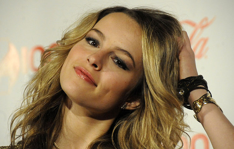 Bridgit-Mendler-hd