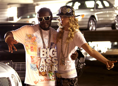 taylor-swift-tpain-thug-story-rap-sarkisi